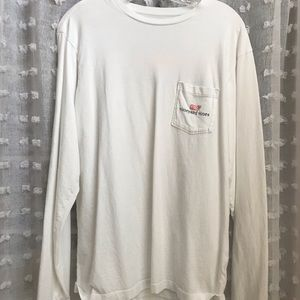White long sleeve vineyard vines shirt.